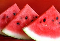 Try this New Orleans recipe for watermelon and jicama salsa for a delicious summer dish that is perfect for a picnic in one of New Orleans' beautiful parks. Watermelon Painting, Watermelon Festival, Benefits Of Watermelon Seeds, Chocolate Fundido, New Orleans Recipes, La Constipation, Rich In Protein, Raw Food Recipes, Asparagus