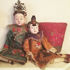 Large Chinese dolls. #Chinese #dolls #obsession #collection Chinese Dolls, Chinese Opera, Asian Doll, Chinese Clothing, Child Doll, Antique Dolls, Boudoir, Temple, Oriental