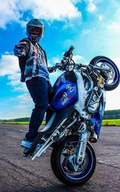 Ninja Moves, Stunt Bike, Cbr 600, Motorcycle Art, Street Bikes, Sport Bikes, Stunts, Ducati, Cars And Motorcycles