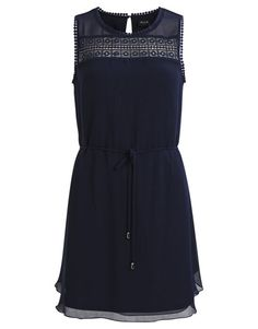 Koop Jurk - Viola Dress Blue Online op shop.brothersjeans.nl voor slechts € 44,95. Vind 85 andere VILA producten op shop.brothersjeans.nl.