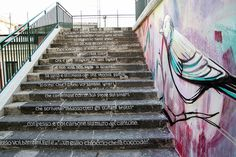 The Roman street artist Alice Pasquini has just released in Salerno a beautiful new mural celebrating the life and works of the poet Alfonso Gatto Salerno