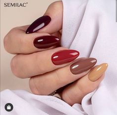 A beautiful multichrome created from the latest colors of the Let's Meet collection! Elegant Nails, Stylish Nails, Trendy Nails, Fall Nail Art Designs, Gel Nail Colors, Minimalist Nails, Dope Nails, Dream Nails, Flower Nails