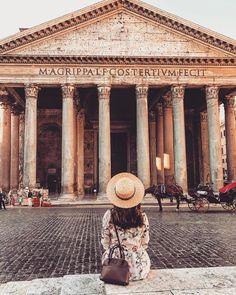 Roma, Pantheon ♠ foto di Gaia Ferrari Melillo su Instagram