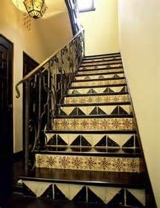 Spanish Staircase Photos Design, Pictures, Remodel, Decor and Ideas - page 18 Tiled Staircase, Tile Stairs, Staircase Railings, Stairways, Stair Risers, Floor Design, House Design, French Country Kitchens, French Colonial