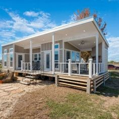 Tiny Cabins, Tiny House Cabin, House With Porch, Cabins And Cottages, Tiny House Living, Tiny House Plans, Tiny House On Wheels, Tiny House Kits, Tiny Beach House