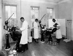 Black dentists in Harlem, 1925.