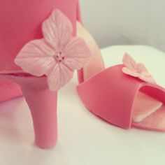 Stiletto shoe made of sugar