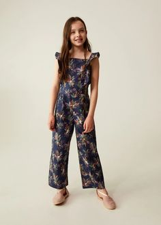 Cotton print jumpsuit - Teenage girl   Mango Kids India Jumpsuits For Girls, Long Jumpsuits, Teen Fashion Outfits, Girl Fashion, Fabric Print Design, Structured Dress, Printed Jumpsuit, Printed Skirts, Cotton Dresses