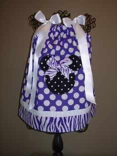 Minnie Mouse Pillowcase Dress Purple and White Polka Dots (extra for personalization) & pillowcase dress   Moodles   Pinterest   Diy pillow cases Girl ... pillowsntoast.com