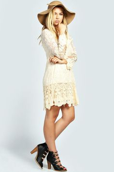 Maddie Flower Lace Long Sleeve Smock Dress