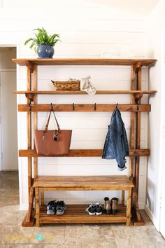 Fashionable and Functional way to keep your entryway tidy and organized. It's a Pottery Barn-Inspired Rustic Hall Tree - Addicted 2 DIY Hallway Storage Bench, Diy Storage Bench, Pottery Barn Furniture, Diy Furniture, Pottery Barn Entryway, Hall Pottery, Furniture Plans, Rustic Hall Trees, Knock Off Decor