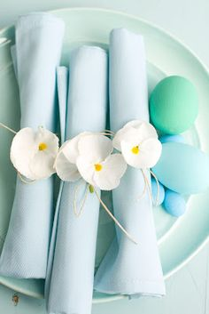 Spring Flower Napkin Rings:  Matthew Mead