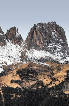 Dolomites Beautiful Places In The World, Beautiful Scenery, Life Is Beautiful, Monuments, Bo Derek, Visit Italy, Wilderness, Places To Visit, Photographs