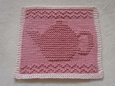 This pattern is designed for 100% cotton knitting worsted weight yarn. I used 43 g of a 50 g ball. Using size 3.5 mm knitting needles, cast on 45 stitches and work 68 rows. (Pink teapot)