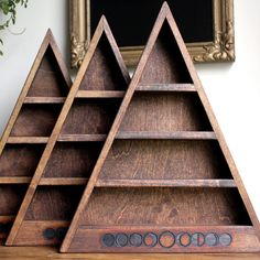 Moon Phase Shelf - I want!