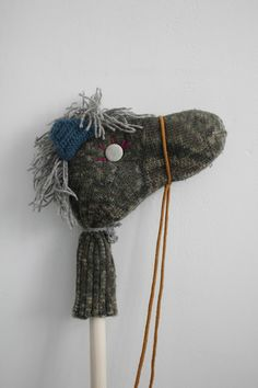 weekday carnival...what a cool stick horse to make!
