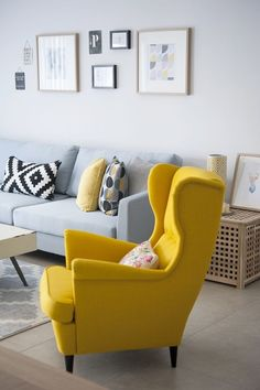living room color scheme ideas Awesome 41 Wonderful Spring Scandinavian Decor With Yellow Color Schemes For Awesome Living Room Room Colors, Apartment Decor, Living Room Color Schemes, Living Room Decor Apartment, Interior Design Living Room, Living Room Grey, Yellow Living Room, Living Room Design Yellow, Sofa Design