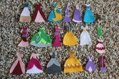Dress up quiet book with princesses-  Looks like a lot of work but super cute