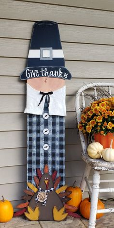 Thanksgiving Wood Crafts, Fall Wood Crafts, Thanksgiving Tree, Fall Arts And Crafts, Dyi Crafts, Autumn Crafts, Tree Crafts, Scarecrow Crafts, Halloween Crafts