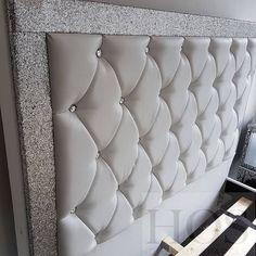Glam Bedroom, Home Bedroom, Bedroom Decor, Castle Bedroom, Bed Cushion Design, Bed Design, Headboards For Beds, Headboard Ideas, Bed Cushions
