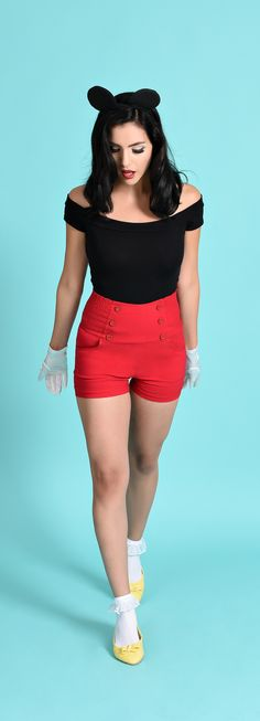 Find retro-inspired takes on classic Disney characters by shopping at Unique Vintage. Disney Vacation Outfits, Disney Bound Outfits, Disney Inspired Outfits, Mickey Mouse Costume, Classic Disney Characters, Character Inspired Outfits, Dapper Day, Disneybound, Vintage Beauty