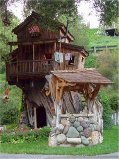 Absolutely amazing tree houses (3) by Steve Blanchard...