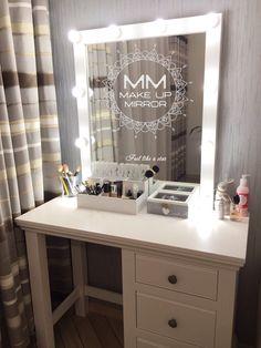 """""""Манхэттен"""" - самая популярная модель зеркала для макияжа! Белоснежная рама, 10 светодиодных ламп в комплекте!"""