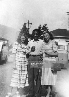 Soraya (Esfandiary Bakhtiary) *-+ Kaiserin von Persien 1951-1958, Iran - als junges Maedchen mit ihren Eltern - 1950
