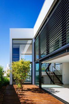 Casa Guaiume - Campinas, Brasile - 2013 - 24.7 Arquitetura Design