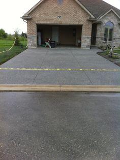 exposed aggregate concrete driveway in mount elgin ontario
