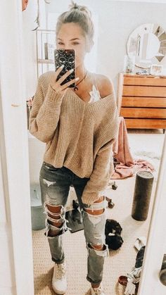 Casual outfits for high school 60 best outfits 2 litledress Fall Outfits Casual high Litledress outfits School Winter Outfits For Teen Girls, Teenage Outfits, Cute Winter Outfits, Teen Fashion Outfits, Look Fashion, Outfits For Teens, Jeans Fashion, Popular Outfits, Casual Outfits For School