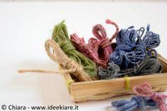 tingere lo spago con la carta velina / tissue paper dyed twine / by Ideekiare