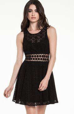 DailyLook: Lacy Daisy Dress