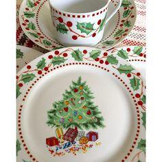 #mulpix Vajilla de Navidad para 8 personas ( plato llano , postre, sopa y taza ) VENDIDA ! Bs 25.000. Inf ☎️ 04141211599 #Navidad #vajilla #xmas #decoracion #ventasdemilagros #caracas