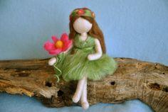 Waldorf inspirierte Nadel Gefilzte Puppe: Fairy des Waldes