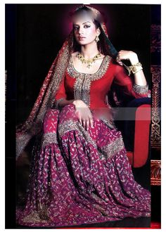 Buy this beautiful creation at 'Zarbaft' page on Facebook or go to the main FB link of this picture. <3      Indian / Pakistan Wedding / Shaadi.  Gharara <3