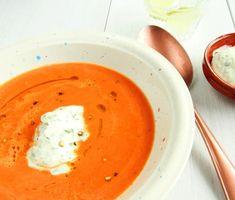 Tomatsoppa med basilikacrème | Recept ICA.se Veggie Recipes, Soup Recipes, Vegetarian Recipes, Veggie Soup, Keto Soup, Swedish Recipes, Delicious Vegan Recipes, Sweet And Salty, Curry