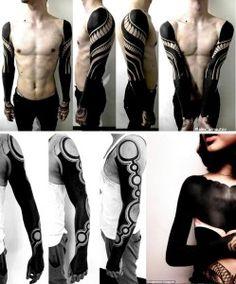 Ejemplos de blackout tattoos