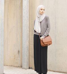 Ash Concealed Jumper - £29.99 : Inayah, Islamic Clothing & Fashion, Abayas, Jilbabs, Hijabs, Jalabiyas & Hijab Pins-Hijab Fashion