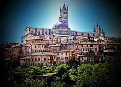 Siena - A top destination, famous for its cuisine, art, museums and medieval cityscape. A UNESCO World Heritage Site.