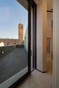 Doors and windows in Astec's #ABX_Architectural_Bronze series for the façade of this important building located in Treviso (Italy) in the refined San Vito square. Astec did more than just supply its products, also providing engineering services and support so that all design chooises could become reality. #Astec_architectural_bronze,  #Astec_custom_patina Studio Arplan - Arch. Rosario Picciotto - TA s.r.l. Arch. Alberto Torsello
