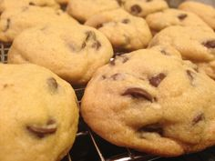 Salty but strangely delicious chocolate chip cookies. Delicious Cookies, Delicious Chocolate, Chocolate Chip Cookies, Goodies, About Me Blog, Desserts, Recipes, Food, Sweet Like Candy