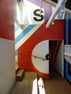 Barbara Stauffacher Solomon  Supermannerist grapphic designer works with supermannerist architect to bring the walls and ceilings of this large architectural project to life through the application of color and shape.