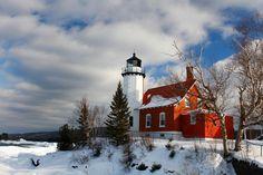 Eagle Harbor Lighthouse ...