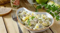 Salad with herring, eggs, apples and potatoes. Pasta Salad, Potato Salad, Potatoes, Snacks, Vegetables, Cooking, Ethnic Recipes, Food, Apples