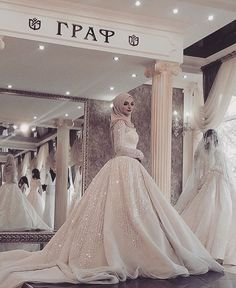 58 Super ideas for wedding dresses hijab bride bridal gowns Muslim Wedding Gown, Hijabi Wedding, Wedding Robe, Muslimah Wedding Dress, Muslim Wedding Dresses, Bridal Dresses, Wedding Gowns, Muslim Gown, Wedding Hijab Styles