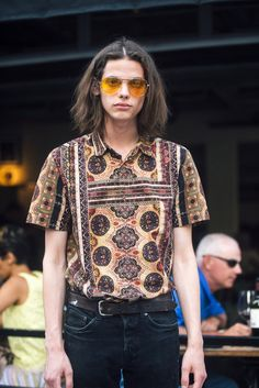 Street style at New York Mens Spring Fashion Week [Photo: Melodie Jeng] Ny Mens Fashion Week, Street Style Chic, New York Fashion Week Street Style, Street Fashion, Fashion News, Men's Fashion, Fashion Outfits, Spring Fashion, Men Street