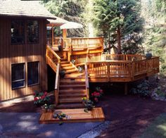Designing Multi-Level Decks for Outdoor Living - Deck, Deck, Porch & Patio - Page 2 - Multi-level deck designs are reshaping the way we configure outd Patio Deck Designs, Patio Design, Tiered Deck, Cedar Deck, Deck Stairs, Decks And Porches, Building A Deck, Backyard Patio, Outdoor Living