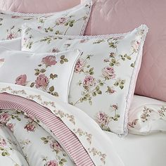 Shop The Gray Barn Little Bess Country Chic Floral Comforter Set - On Sale - Overstock - 29083193 - King Rose Comforter, Full Comforter Sets, Floral Comforter, Chic Bedding, Luxury Bedding, Shabby Chic Material, Floral Bedroom, Shabby Chic Bedrooms, Country Chic