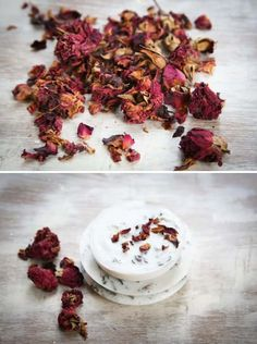 A natural homemade soap that smells and feels great. All you need is 3 ingredients: shea butter, roses and vanilla. Soap Making Recipes, Homemade Soap Recipes, Homemade Vanilla, Salve Recipes, All You Need Is, Diy Savon, Soap Making Supplies, Shea Butter Soap, Rose Soap